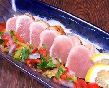 鹿児島県産 種鶏のタタキ<br /> 720円(税抜)